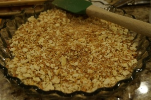 Cracker/pecan mixture